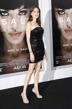 Angelina Jolie at the Los Angeles premiere of Salt held at the Graumans Chinese Theatre in Hollywood, USA on July 19, 2010. 報道画像