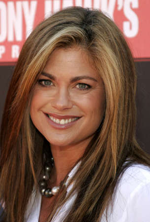 acres: Kathy Ireland at the Tony Hawk Foundation 3rd Annual Stand Up For Skateparks held at the Green Acres Estate in Beverly Hills, USA on November 5, 2006.