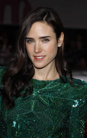 jennifer: Jennifer Connelly at the World premiere of Hes Just Not That Into You held at the Graumans Chinese Theater in Hollywood, USA on February 2, 2009.