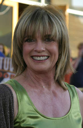 linda: Linda Gray at the Los Angeles premiere of Cinderella Man held at the Gibson Amphitheatre at Universal City in Hollywood, USA on May 23, 2005. Editorial