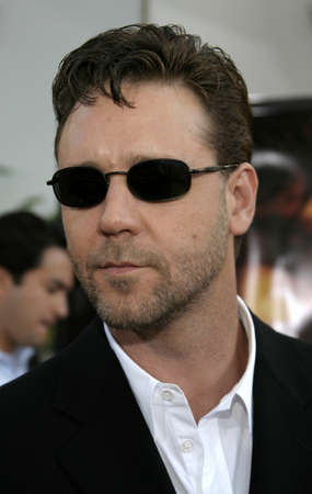 gibson: Russell Crowe at the Los Angeles premiere of Cinderella Man held at the Gibson Amphitheatre at Universal City in Hollywood, USA on May 23, 2005.