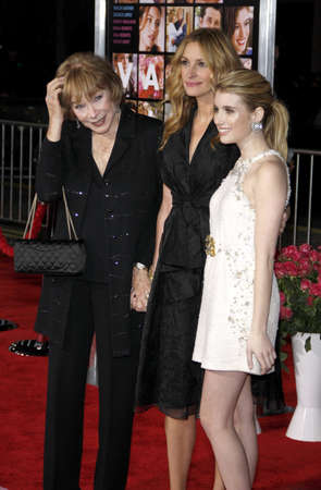 roberts: Shirley MacLaine, Julia Roberts and Emma Roberts at the Los Angeles premiere of Valentines Day held at the Graumans Chinese Theate in Hollywood, USA on February 8, 2010. Editorial