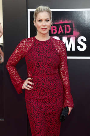 mann: Christina Applegate at the Los Angeles premiere of Bad Moms held at the Mann Village Theater in Westwood, USA on July 26, 2016.