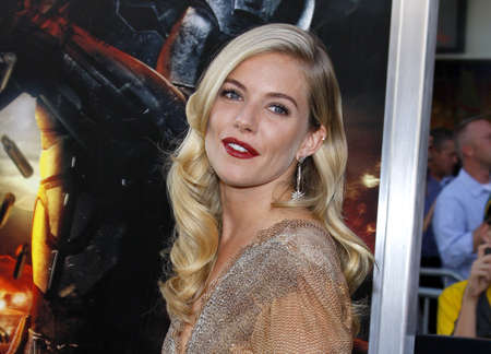 premieres: Sienna Miller at the Los Angeles premiere of G.I. Joe: The Rise of Cobra held at the Graumans Chinese Theater in Hollywood, USA on August 6, 2009.