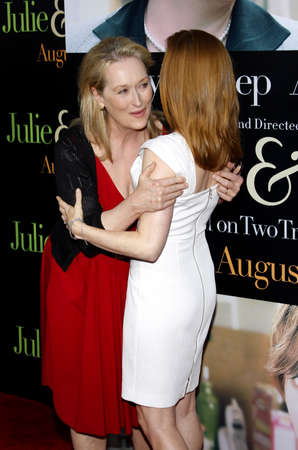 adams: Meryl Streep and Amy Adams at the Los Angeles screening of Julie & Julia held at the Mann Village Theater in Westwood, USA on July 27, 2009.