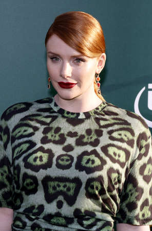 petes: Bryce Dallas Howard at the World premiere of Petes Dragon held at the El Capitan Theatre in Hollywood, USA on August 8, 2016.