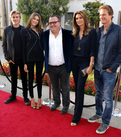 sean: Sean Hanish, Kaia Gerber, Cindy Crawford, Rande Gerber and Presley Walker Gerber at the Los Angeles premiere of Sister Cities held at the Paramount Studios in Hollywood, USA on August 31, 2016.