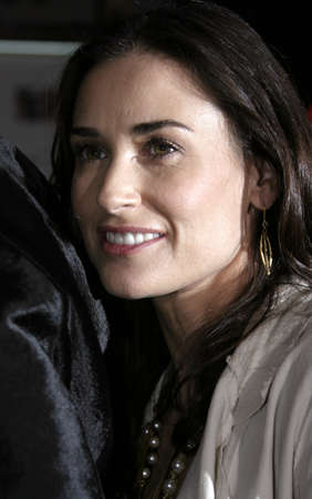 ロサンゼルスでのデミ ・ ムーアは、「誰」2005 年 3 月 13 日に Graumann のアメリカのハリウッドのチャイニーズ ・ シアターで開催のプリミアします。