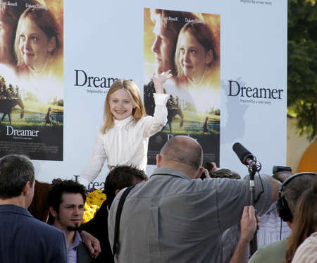 mann: Dakota Fanning at the Los Angeles premiere of Dreamer held at the Mann Village Theatre in Westwood, USA on October 9, 2005.