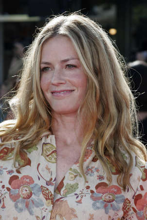 Elisabeth Shue at the Los Angeles premiere of Dreamer held at the Mann Village Theatre in Westwood, USA on October 9, 2005.