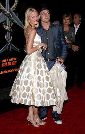 ethan: Sunny Mabrey and Ethan Embry at the Los Angeles premiere of Snakes on a Plane held at the Graumans Chinese Theatre in Hollywood, USA on August 17, 2006. Editorial