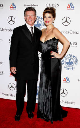 Tanya Callau and Alan Thicke at the 30th Anniversary Carousel Of Hope Ball held at the Beverly Hilton Hotel in Beverly Hills, USA on October 25, 2008. Stok Fotoğraf - 68469804