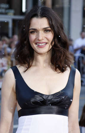 hollywood christmas: Rachel Weisz at the World premiere of Fred Claus held at the Graumans Chinese Theater in Hollywood, USA on November 3, 2007.
