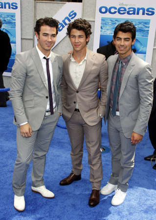 the oceans: Kevin Jonas, Nick Jonas and Joe Jonas  at the Los Angeles premiere of Oceans held at the El Capitan Theater in Hollywood, USA on April 17, 2010.