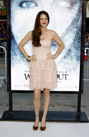 barrett: Jacinda Barrett at the Los Angeles premiere of Whiteout held at the Mann Village Theater in Westwood, USA on September 9, 2009.