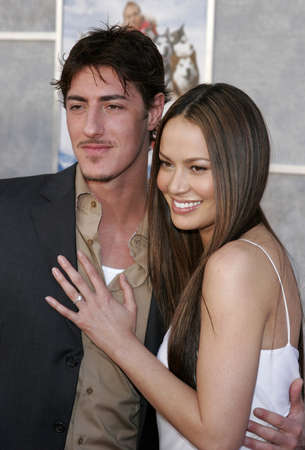 Moon Bloodgood and Eric Balfour at the World premiere of Eight Below held at the El Capitan Theater in Hollywood, California, United States on February 12, 2006.