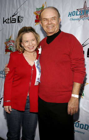 hollywood christmas: Debra Jo Rupp and Kurtwood Smith at the 2005 Hollywood Christmas Parade at the Hollywood Roosevelt Hotel in Hollywood, USA on November 27, 2005. Editorial
