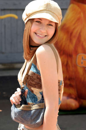 Scout Taylor-Compton at the Los Angeles premiere of 'Garfield: The Movie' held at the Zanuck Theater in Los Angeles, USA on June 6, 2004. 報道画像