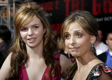 grudge: Amber Tamblyn and Sarah Michelle Gellar at the World Premiere of The Grudge 2 held at the Knotts Berry Farm in Buena Park, USA on October 8, 2006.