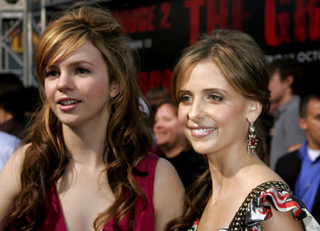grudge: Amber Tamblyn and Sarah Michelle Gellar at the World premiere of The Grudge 2 held at the Knotts Berry Farm in Buena Park, USA on October 8, 2006. Editorial