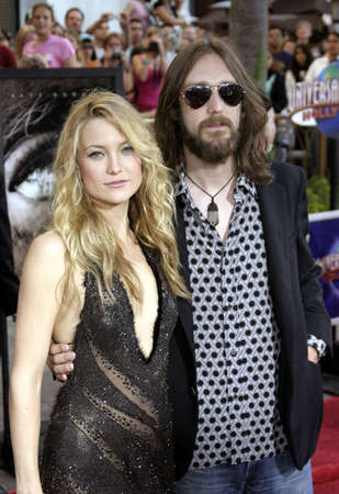 Kate Hudson and Chris Robinson at the Los Angeles premiere The Skeleton Key held at the Universal Studios Cinema in Hollywood, USA on August 2, 2005.