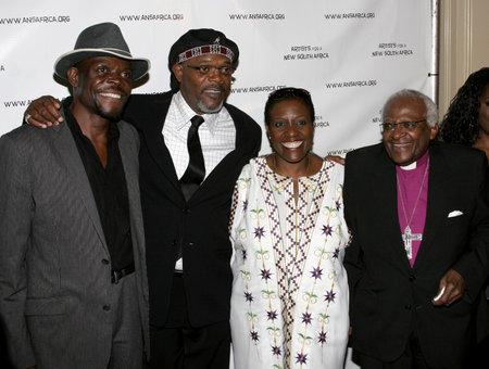 Samuel L. Jackson and Desmond Tutu at the Archbishop Desmond Tutu's 75th Birthday Celebration held at the Regent Beverly Wilshire Hotel in Beverly Hills, USA on September 18, 2006. Redakční