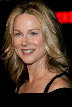 Laura Linney at the Los Angeles premiere of Man of the Year held at the Graumans Chinese Theater in Hollywood, USA on October 4, 2006. Редакционное