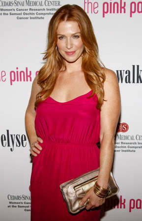 montgomery: Poppy Montgomery at the 5th Annual Pink Party held at the La Cachette Bistro in Santa Monica, USA on September 12, 2009.