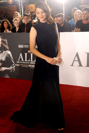 marion: Marion Cotillard at the Los Angeles premiere of Allied held at the Regency Village Theatre in Westwood, USA on November 9, 2016.