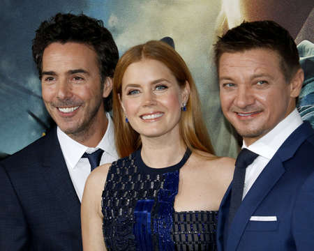 levy: Shawn Levy, Amy Adams and Jeremy Renner at the Los Angeles premiere of Arrival held at the Regency Village Theater in Westwood, USA on November 6, 2016.