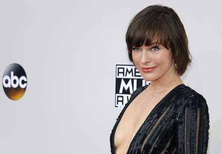 Milla Jovovich at the 2016 American Music Awards held at the Microsoft Theater in Los Angeles, USA on November 20, 2016. Редакционное
