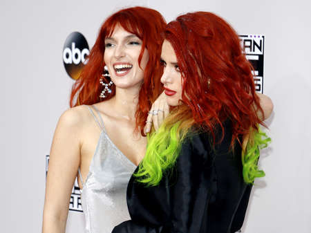 dani: Dani Thorne and Bella Thorne at the 2016 American Music Awards held at the Microsoft Theater in Los Angeles, USA on November 20, 2016.