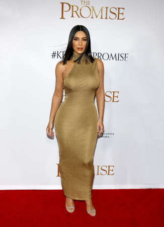 Kim Kardashian West bei der Los Angeles Premiere von 'The Promise' am TCL Chinese Theater in Hollywood, USA am 12. April 2017 statt. Standard-Bild - 76121653