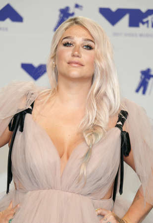 Kesha at the 2017 MTV Video Music Awards held at the Forum in Inglewood, USA on August 27, 2017.