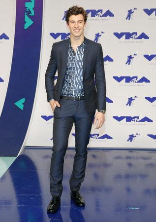 Shawn Mendes tijdens de MTV Video Music Awards 2017, gehouden op het forum in Inglewood, VS op 27 augustus 2017.
