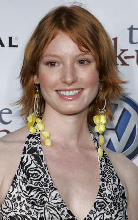 "Alicia Witt an der Los Angeles-Premiere von ""The Break-Up"" hielt am Mann Village Theater in Westwood, USA am 22. Mai 2006. Standard-Bild - 85304582"