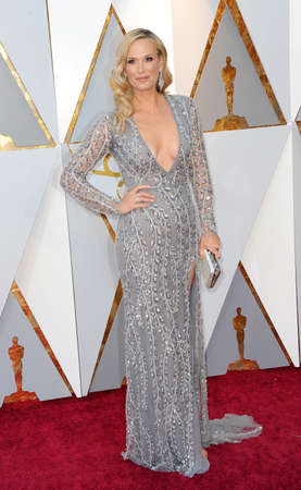 Molly Sims at the 90th Annual Academy Awards held at the Dolby Theatre in Hollywood, USA on March 4, 2018. Stock Photo - 97090490