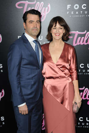 Ron Livingston and Rosemarie DeWitt at the Los Angeles premiere of Tully held at the Regal LA LIVE Stadium 14 in Los Angeles, USA on April 18, 2018. 報道画像