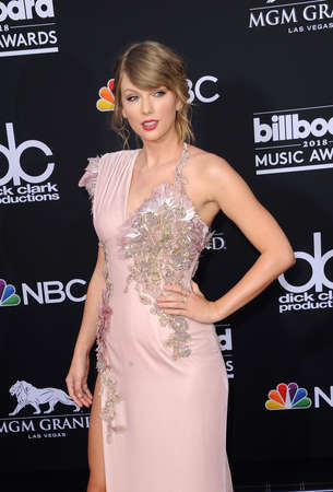 Taylor Swift at the 2018 Billboard Music Awards held at the MGM Grand Garden Arena in Las Vegas, USA on May 20, 2018. 写真素材 - 101636005