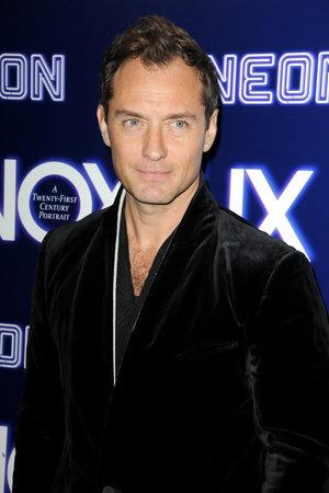 """Jude Law bei der Weltpremiere von """"Vox Lux"""", die am 5. Dezember 2018 in den ArcLight Cinemas in Hollywood, USA, stattfand."""