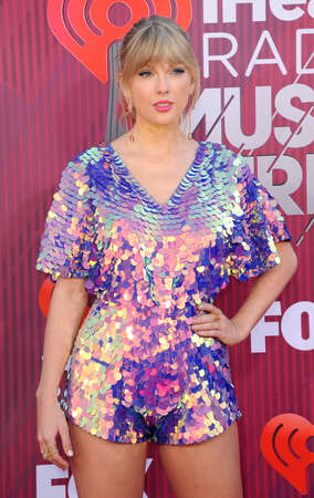 Taylor Swift at the 2019 iHeartRadio Music Awards held at the Microsoft Theater in Los Angeles, USA on March 14, 2019. 報道画像