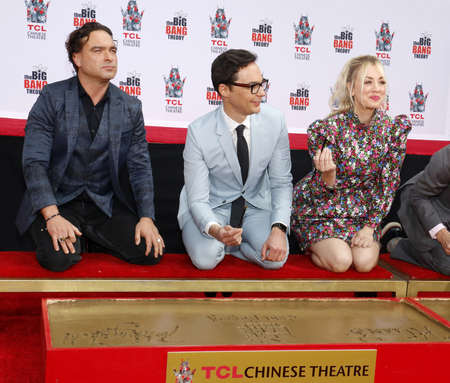 Johnny Galecki, Jim Parsons and Kaley Cuoco at the handprints ceremony for The Big Bang Theory held at the TCL Chinese Theatre IMAX in Hollywood, USA on May 1, 2019. Publikacyjne