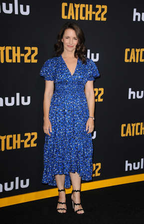 Kristin Davis at the U.S. Premiere of Hulus Catch-22 held at the TCL Chinese Theatre in Hollywood, USA on May 7, 2019. 新聞圖片