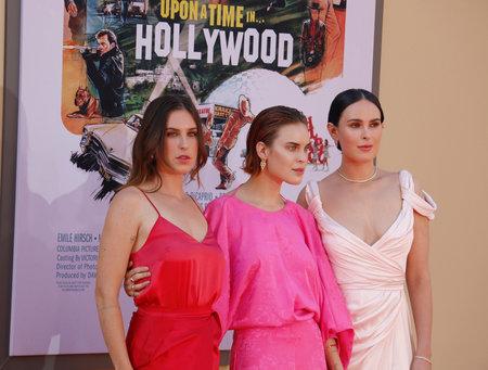 """Rumer Willis, Tallulah Willis e Scout Willis alla prima di Los Angeles di """"C'era una volta a Hollywood"""" tenutasi al Tcl Chinese Theatre di Hollywood, Stati Uniti d'America il 22 luglio 2019."""