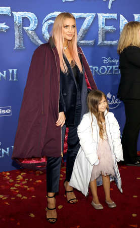 Ashlee Simpson and Jagger Snow Ross at the World premiere of Disneys Frozen 2 held at the Dolby Theatre in Hollywood, USA on November 7, 2019. Editöryel