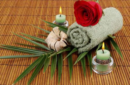 palm frond: Rose, fronda di palma, asciuga, e le candele