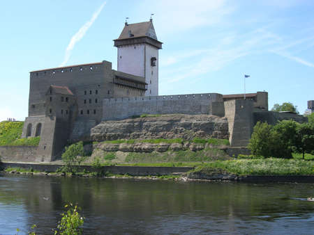 embrasure: The estonian fortress Narva with the Tall Herman tower and the boundary river Narva