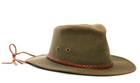 Bruine hoed met lederen band en ventilatie gaten. Stockfoto