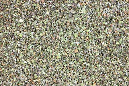 Weergave van gedroogde knippen en gehakte Marjolein kruid sluit. Stockfoto