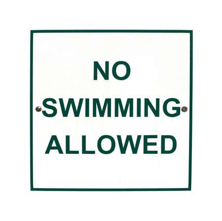 Ein No Swimming erlaubt Zeichen auf weißem Hintergrund Standard-Bild - 15400468